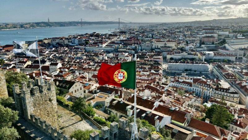 how to get portuguese residency