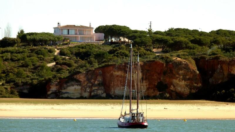 algarve real estate portugal